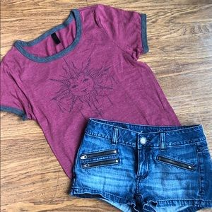 American Eagle shorts 00/boutique T-shirt AS